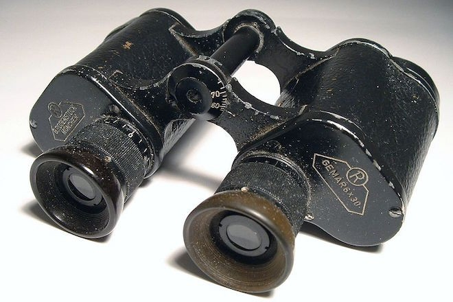Binoculars. Photo by Stanislas Perrin. Wikimedia Commons.